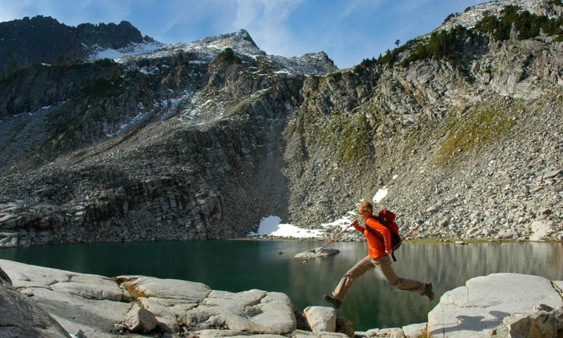 Hiking near Lake Elan and Vesper Peak in the Cascades