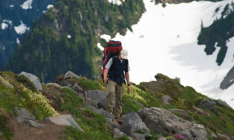 Hiking the Easton Glacier on Mount Baker Washington