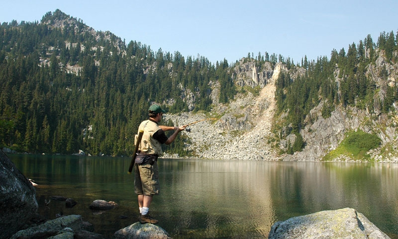 Fishing at Pear Lake in the Cascades